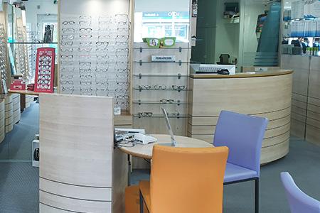 Lentilles de contact par votre opticien à Seclin